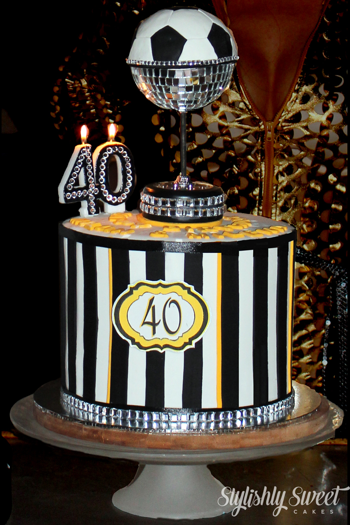 custom-made-adult-birthday-cakes (2)