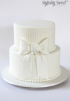 White Bow Cake Christening cake_01