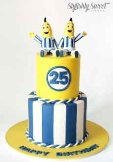 BANANAS IN PJS CAKE