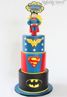 Superman superhero cake_03