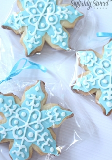 frozen_snowflake_cookie_01