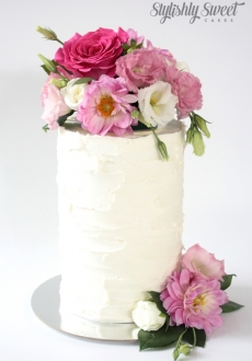 buttercream fresh flower cake_03
