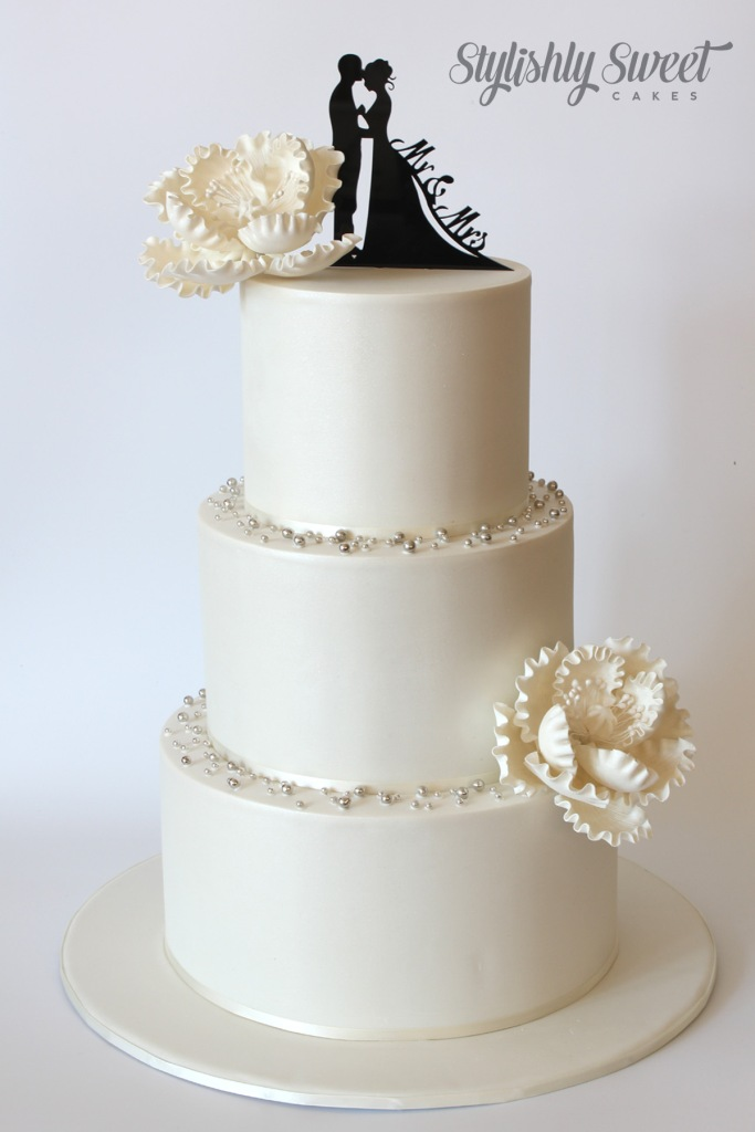 silhouette wedding cake_1